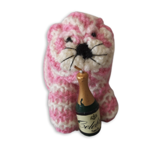 Bagpuss with champagne